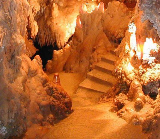 Grotte Saint Cézaire